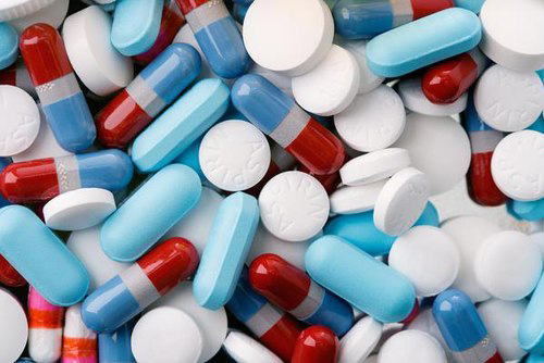 Khi sử dụng thuốc cần có sự tư vấn của bác sĩ