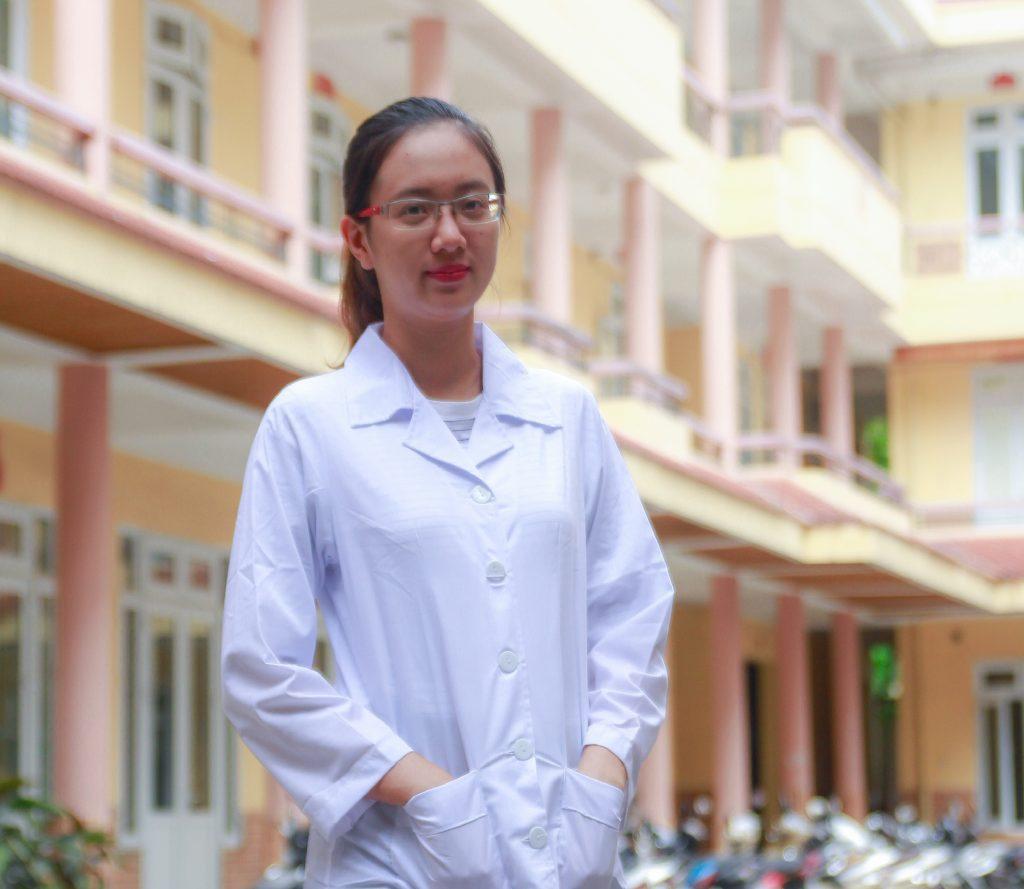 Nếu lựa chọn nghề nghiệp hãy theo đuổi ngành Dược sĩ