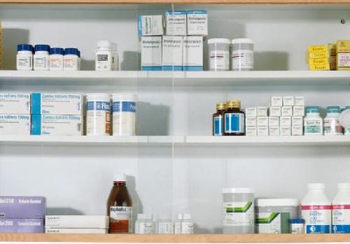 Dược sĩ khuyến cáo các loại thuốc cần dự trữ trong mỗi gia đình - 2