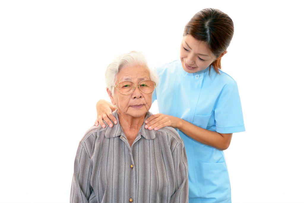 Kỹ năng giao tiếp là thứ tối thiểu điều dưỡng viên phải có