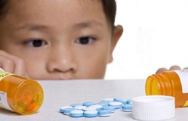 Bảo đảm an toàn khi dùng thuốc trị trầm cảm cho trẻ