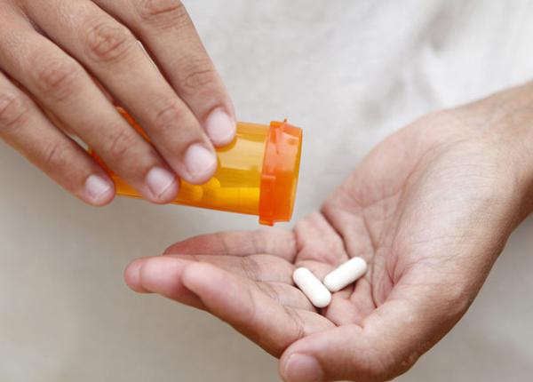 Sử dụng thuốc giảm đau an toàn để tránh gây ra tác dụng phụ