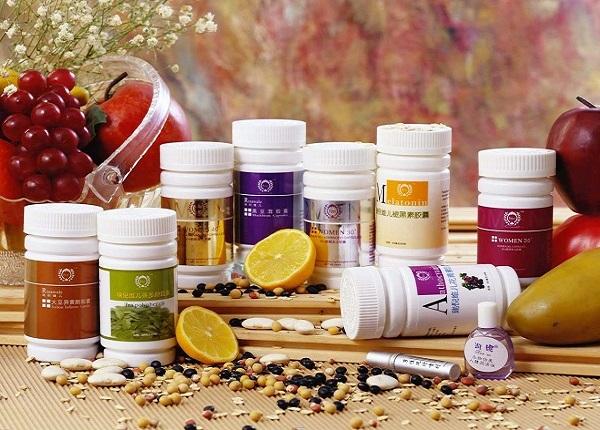 Thực phẩm chức năng được bày bán rất nhiều trên thị trường