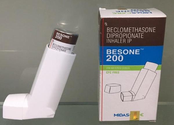 Beclomethasone dạng thuốc hít corticosteroid thường được sử dụng