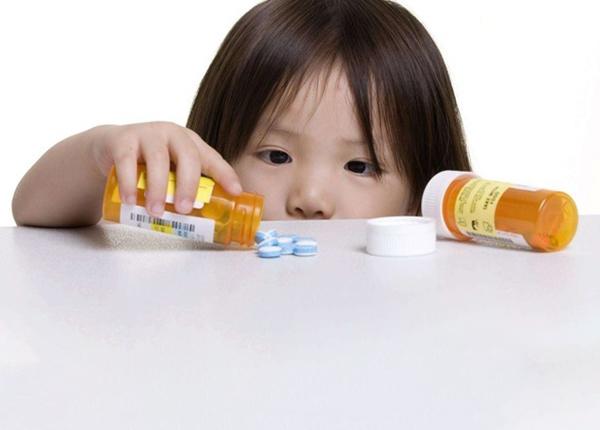 Nên lưu ý khi dùng kháng sinh cho trẻ em